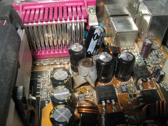 1280px-Vp6_blown_capacitor